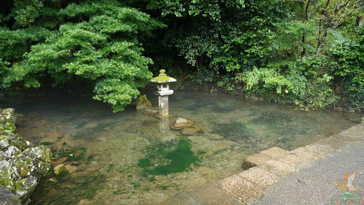 天神水(池)