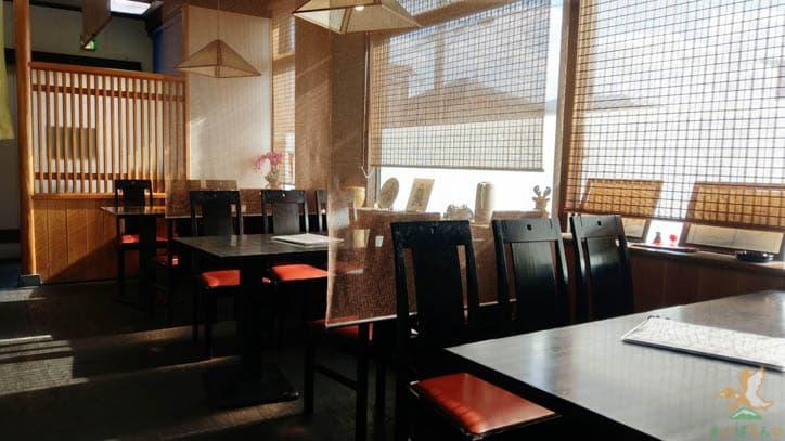 寿司割烹こばやし店内