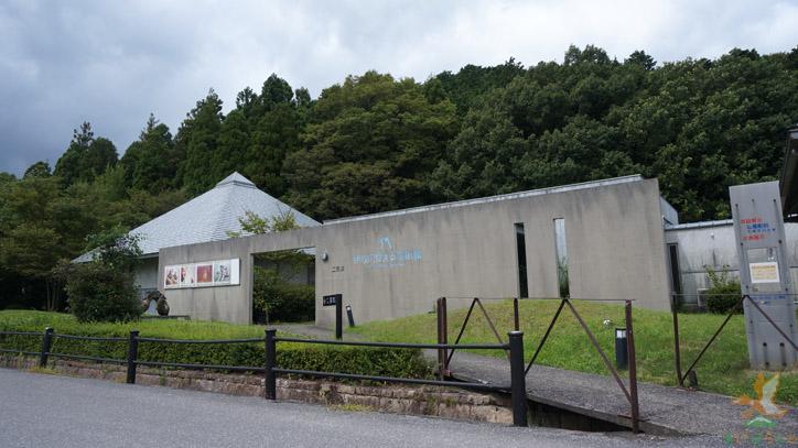 伊吹の見える美術館